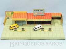 1. Brinquedos antigos - Casablanca e Gulliver - Posto de Gasolina Auto posto Gulliver com 32,00 cm de largura Bandeira Petrobras Completo acompanha 4 carros Top Cars Collection Década de 1980