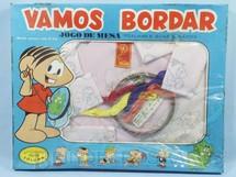 1. Brinquedos antigos - Coluna - Conjunto Vamos Bordar Jôgo de Mesa Mônica Maurício de Sousa caixa lacrada Década de 1970