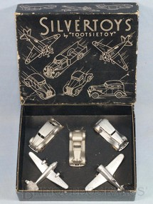 1. Brinquedos antigos - Tootsietoy - Conjunto Completo com 2 aviões e 3 Carros Silvertoys by Tootsietoys Década de 1940
