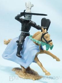 1. Brinquedos antigos - Timpo Toys - Guerreiro Medieval a cavalo com Escudo e Espada