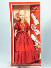 1. Brinquedos antigos - Estrela - Boneca Susi Série Pulsos Móveis 100% original Perfeito estado Cabelos ainda protegidos por plástico Completa Ano 1979