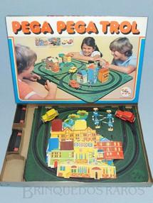 1. Brinquedos antigos - Trol - Pega Pega Trol perfeito estado Completo segunda série Cenário ainda por montar Década de 1970