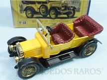 1. Brinquedos antigos - Matchbox - 1911 Daimler Yesteryear Década de 1960
