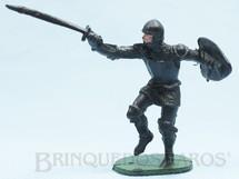 1. Brinquedos antigos - Casablanca e Gulliver - Soldado medieval com Escudo e Espada plástico preto Cópia Elastolin Série Os Cavaleiros do Rei Arthur Ano 1977