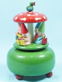 1. Brinquedos antigos - Estrela - Caixa de Música Cogumelo Musical com 4 Gnomos 16,00 cm de altura Melodia Parabéns a Você Década de 1950
