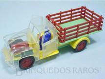 1. Brinquedos antigos - Mirim - Caminhão Chevrolet 1952 com cabine transparente e portas móveis 22,00 cm de comprimento Ano 1954