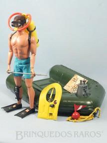 1. Brinquedos antigos - Estrela - Falcon Aventura Comandos no Mar Missão Salvamento com Bote e mais 13 Itens Edição 1978 Preço sem o Boneco