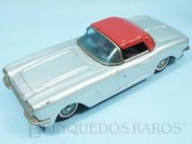 1. Brinquedos antigos - Bandai - Chevrolet Corvette 1958 com 21,00 cm de comprimento Década de 1960