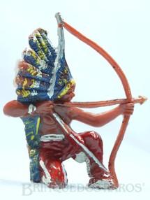1. Brinquedos antigos - Casablanca e Gulliver - Chefe índio ajoelhado atirando com arco Chefe Flexa Certeira Numerado 133 Década de 1960