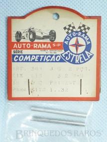 1. Brinquedos antigos - Estrela - Conjunto de 2 eixos lisos Dianteiros e Traseiros de 38 mm para Kits de Carros 1:32 Embalagem lacrada Ano de 1967