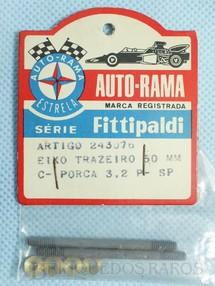 1. Brinquedos antigos - Estrela - Conjunto de 2 eixos traseiros de 50,0 mm e porcas para Chassi Monobloco de Alumínio para Carros Ford GT Lola Mark III e Ford J 1:32 Série Fittipaldi Embalagem lacrada Ano 1972