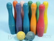 1. Brinquedos antigos - Estrela - Jogo de Boliche com 10 pinos de 13,00 cm de altura e duas bolas Década de 1960