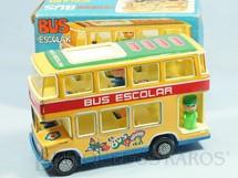 1. Brinquedos antigos - Obertoys - Onibus Bus Escolar com 24,00 cm de comprimento e 4 Bonecos Década de 1970