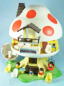 1. Brinquedos antigos - Trol - Casa Cogumelo Mundo Feliz com 5 personagens e acessórios diversos Década de 1980