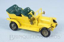 1. Brinquedos antigos - Matchbox - 1904 Spyker Tourer Yesteryear amarelo escuro Década de 1960