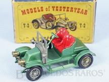 1. Brinquedos antigos - Matchbox - 1911 Renault Yesteryear Década de 1960