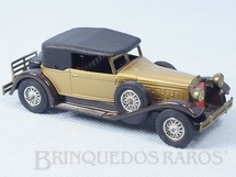 1. Brinquedos antigos - Matchbox - 1930 Packard Victoria Yesteryear