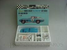 1. Brinquedos antigos - Revell - Corvette Sting Ray 1965 azul lacrado na caixa