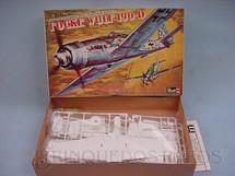 1. Brinquedos antigos - Revell - Avião Focke Wulf 190 D