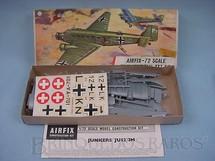 1. Brinquedos antigos - Airfix - Avião Junkers JU-52