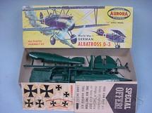 1. Brinquedos antigos - Aurora - Avião Albatross D-3 Década de 1960