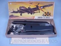 1. Brinquedos antigos - Airfix - Avião Lancaster B1