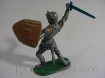 1. Brinquedos antigos - Elastolin - Soldado medieval com armadura escudo e espada