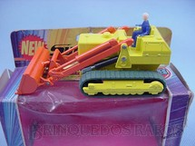1. Brinquedos antigos - Matchbox - Caterpillar Traxcavator Super Kings Década de 1970