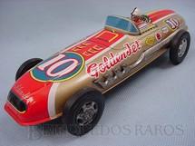 1. Brinquedos antigos - Sem identificação - Carro de corrida Fórmula Indy Golden Jet com 20,00 cm de comprimento Década de 1970