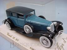 1. Brinquedos antigos - Solido - Cord L 29 1929 Sedan