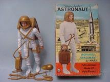 1. Brinquedos antigos - Marx - Astronauta Johnny Apollo com 18 cm de altura Ano 1969 comemorativo da viagem à Lua
