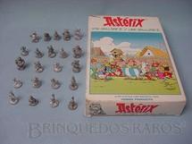 1. Brinquedos antigos - Hobby Products - Conjunto de 22 Personagens da Estória em Quadrinhos Asterix o Gaulês 3,00 cm de altura Década de 1980