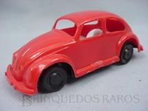 1. Brinquedos antigos - Trol - Volkswagen Sedan com 11,00 cm de comprimento vermelho com interior branco Década de 1970