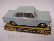 1. Brinquedos antigos - Norev - BMW 700 LS Década de 1960