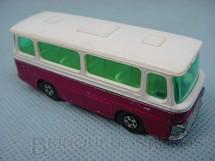 1. Brinquedos antigos - Matchbox - Setra Coach Superfast vermelho metálico e branco