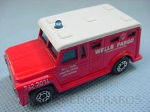 1. Brinquedos antigos - Matchbox - Armored Truck Superfast vermelho Wells Fargo