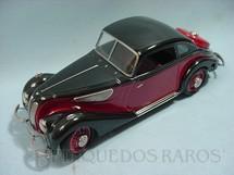 1. Brinquedos antigos - Schuco - BMW 327 com capota de aço Ano 2000