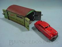 1. Brinquedos antigos - Schuco - Carro Varianto Limo vermelho Com garagem 3010/30 Made in US Zone Década de 1950