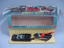 1. Brinquedos antigos - Corgi Toys - Batman Gift Set Batmobile whit Batboat Batmóvel com Batlancha primeira série completo Ano 1966