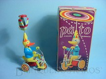 1. Brinquedos antigos - Estrela - Pato o Ciclista Malabarista Década de 1960