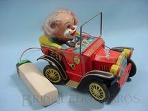 1. Brinquedos antigos - Yonezawa - Calhambeque Willy the Walking Car com Palhaço Década de 1950