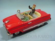 1. Brinquedos antigos - D.T.C. - Cadillac presidencial com 19,00 cm de comprimento Boneco com movimento das mãos Década de 1960