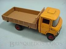 1. Brinquedos antigos - Arpra - Mercedes Benz 608 D toco carga seca