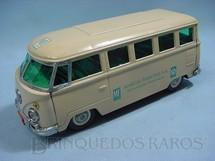 1. Brinquedos antigos - Metalma - Volkswagen Kombi com 25,00 cm de comprimento brinde Marcas Famosas Ano 1968