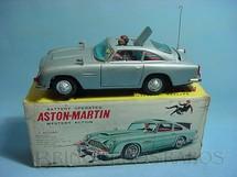 1. Brinquedos antigos - A.S.C. - Aston Martin DB5 007 James Bond com 30,00 cm de comprimento Década de 1960