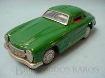 1. Brinquedos antigos - Yanoman Toys - Mercedes Benz 300 SL com 19,00 cm de comprimento Década de 1960