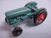 1. Brinquedos antigos - Matchbox - Fordson Tractor Black Plastic Regular Wheels