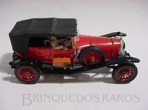 1. Brinquedos antigos - Corgi Toys - Bentley 1927 vermelho com motorista Série Corgi Classics