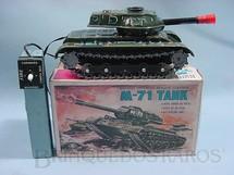 1. Brinquedos antigos - Modern Toys e Masudaya Toys - Tanque de Guerra M71 Tank com comando por cabo Ano 1967