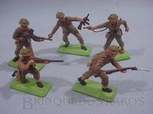 1. Brinquedos antigos - Britains - Soldados ingleses em pé Segunda Guerra Série Deetail